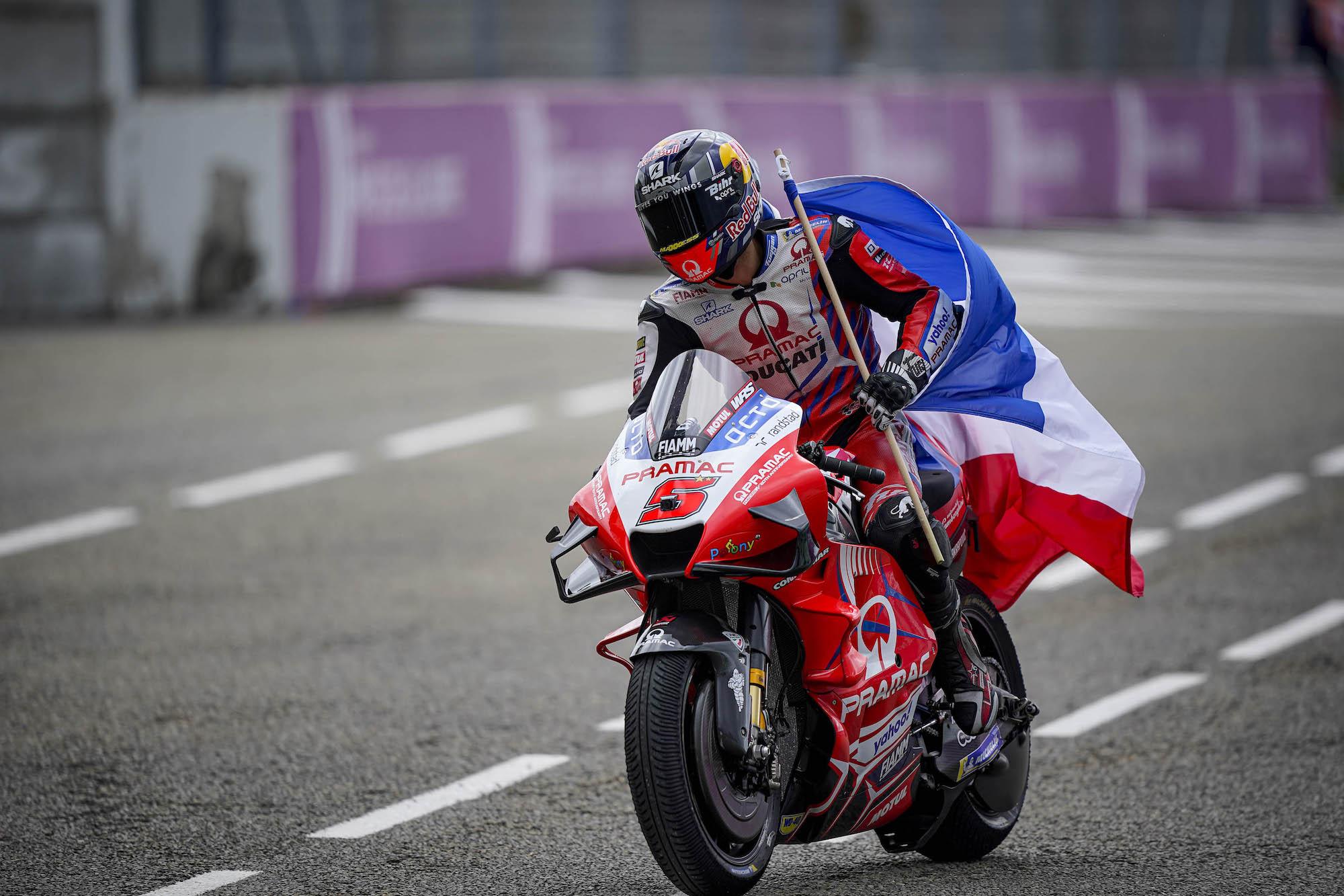 Johann Zarco na podium w GP Francji 2021