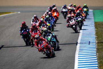 Stawka MotoGP na starcie wyścigu o GP Hiszpanii 2021