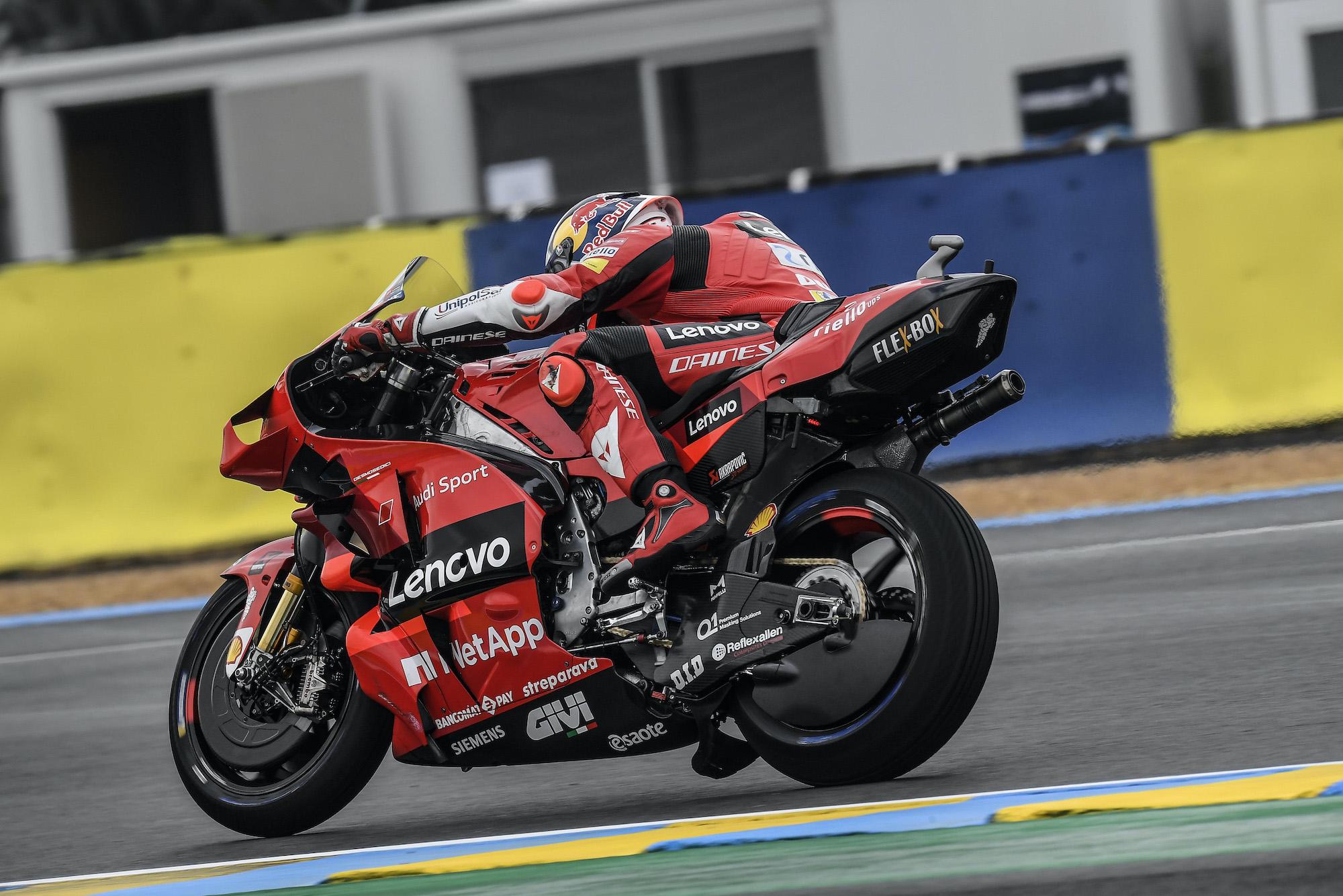 Jack Miller w akcji na Le Mans podczas GP Francji 2021