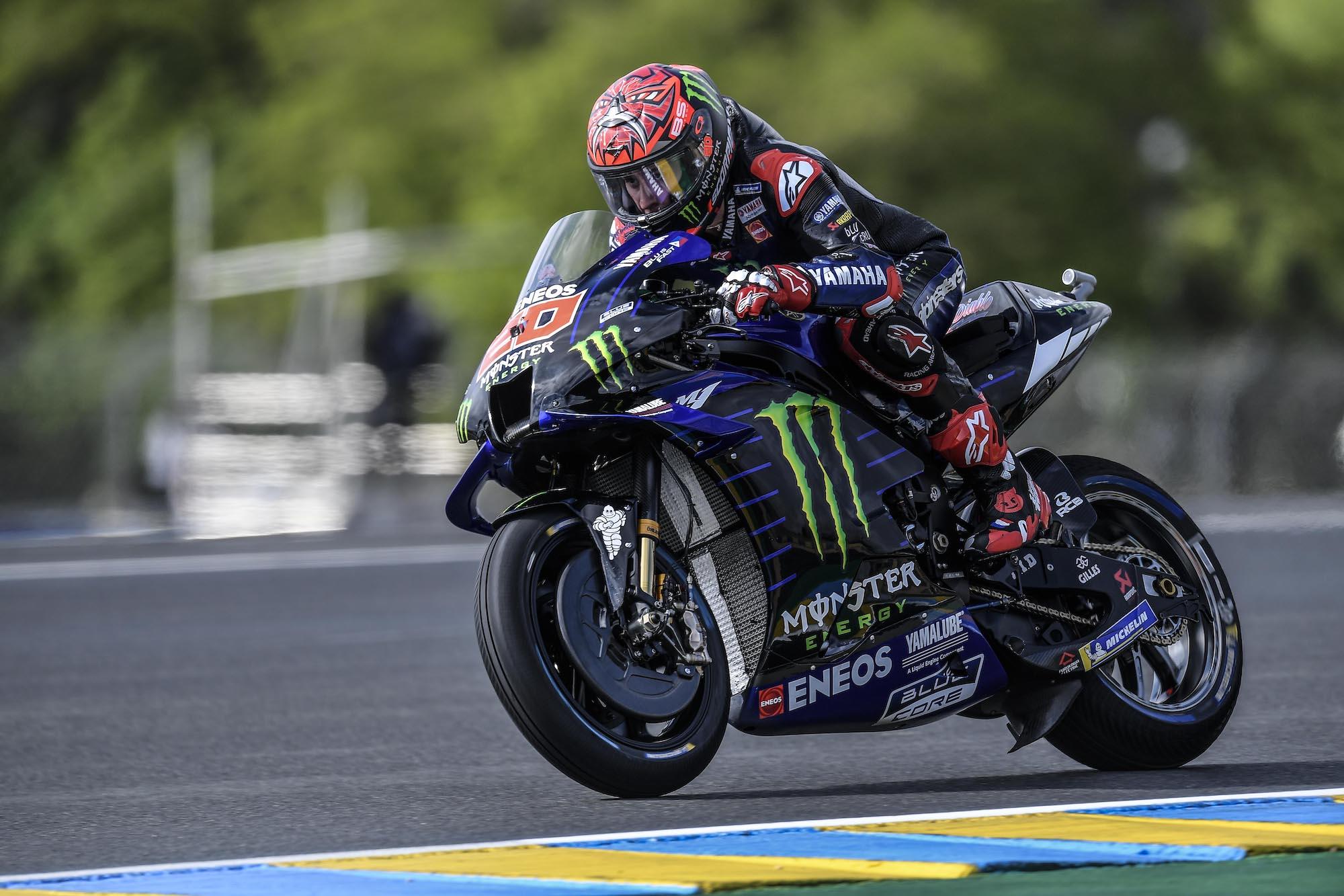 Fabio Quartararo w akcji na Le Mans podczas GP Francji 2021