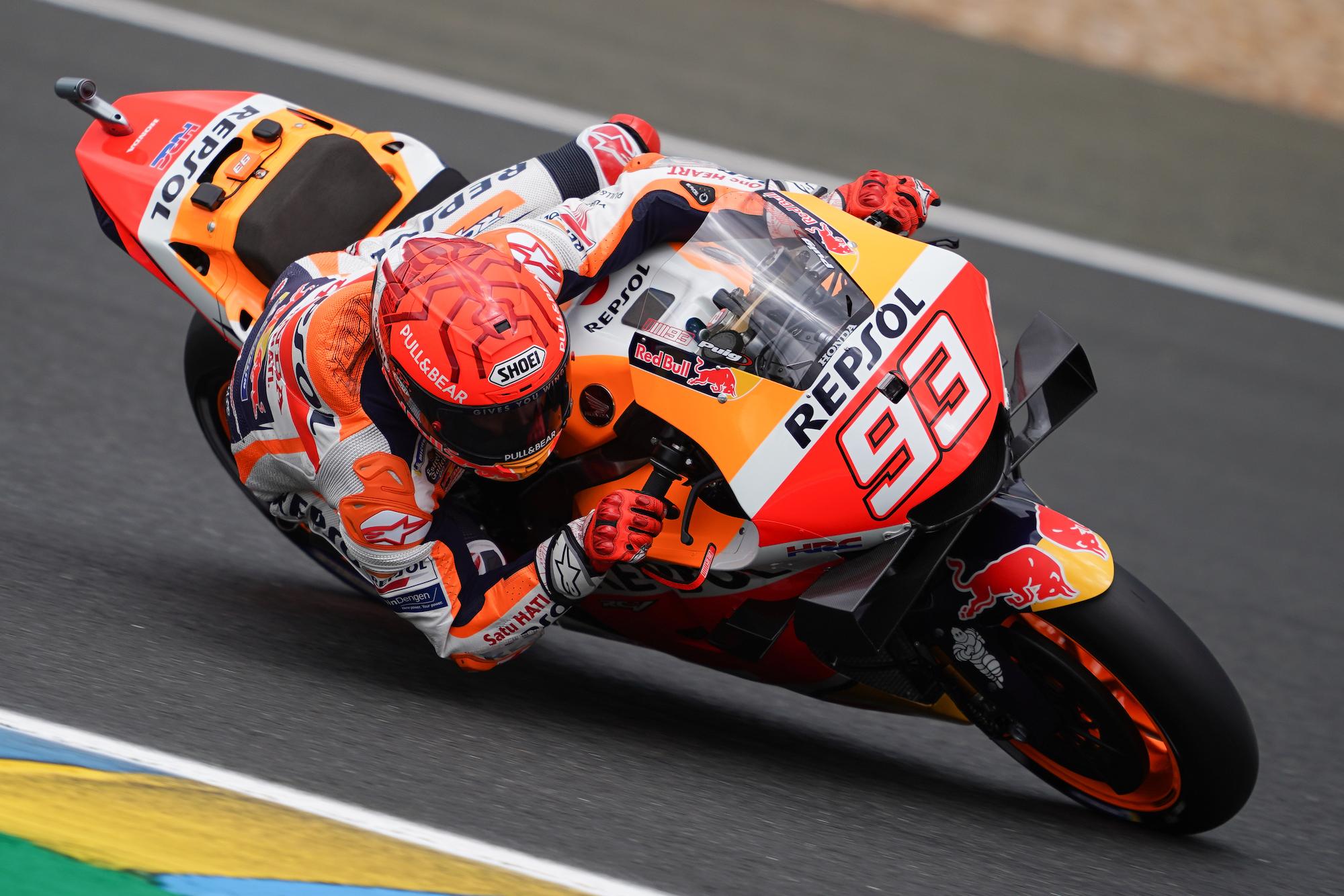 Marc Marquez w akcji na Le Mans podczas GP Francji 2021