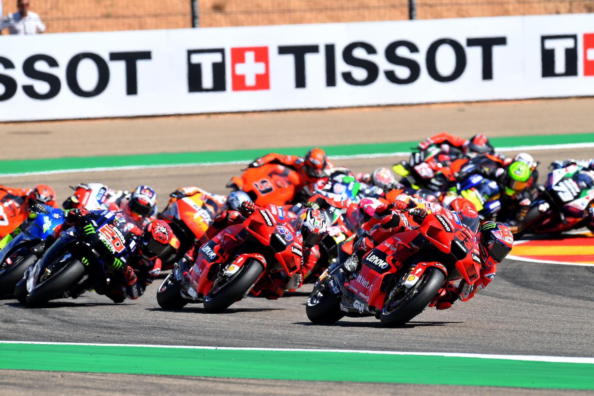 Start wyścigu MotoGP o GP Aragonii 2021